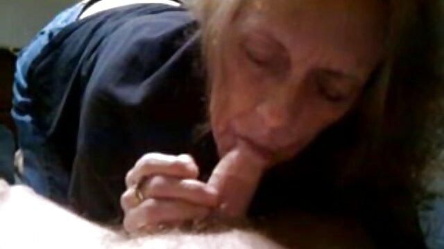 Petite nana rousse aux seins chevauche une bite film porno x gratuit