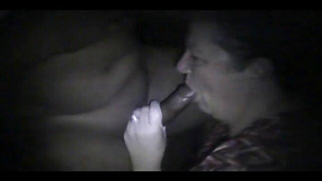Nina Dolci, une femme film porno x arabe mature et sexy, baise avec un beau chauve