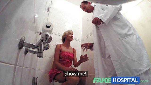 Jolie blonde video xxx en ligne aux gros seins se fait baiser la bouche
