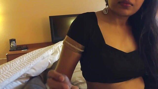Layla obtient la langue film porno francais lesbienne de son patron dans le cul