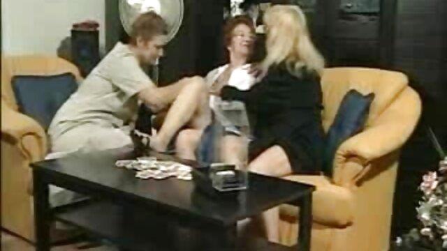 Deux filles video porno sex tukif se livrent l'une à l'autre