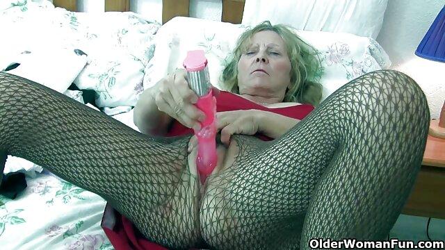 Un joueur film porno xxl gratuit de football sexy baise une jeune blonde Cleo Vixen