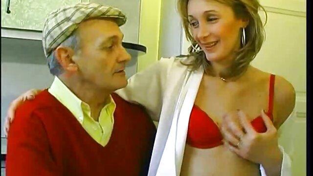 Minx a remplacé leurs prêtres élastiques film porno version francaise